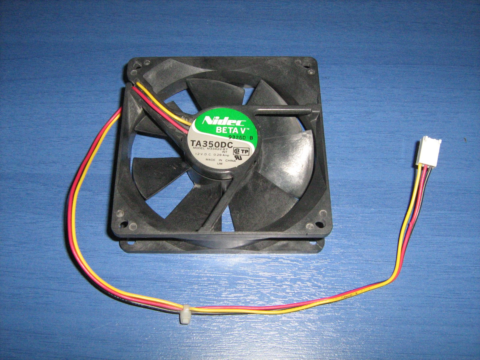 Case Fan Yellow Wire On 3wire To Power Supply 4wire Takeoff Cable Case3pin